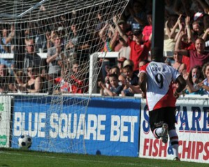 LOVELY BUBBLY - Bradley Bubb scored four