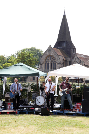 GET IN THE MIX – local rockers The Brompton Mix take over at West Byfleet LI:VE