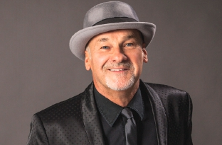 PLUG – Paul Carrack is plugging his 'Best of' album