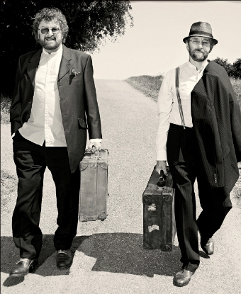 ON THE MARCH – Chas & Dave are back making music