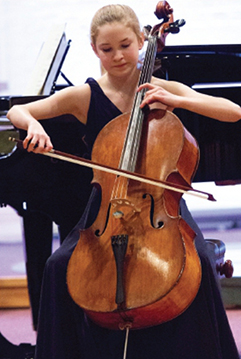 BOW SELECTOR – cellist Sophie Kauer, Junior Musician of the Year