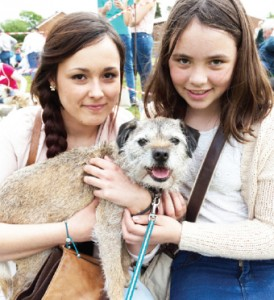 A POOCH MAXI – Leanne Lane and Kacey  Dunbar with 10-year-old border terrier Jess