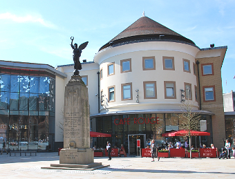 NATIONAL RECOGNITION – Woking Shopping has national acclaim
