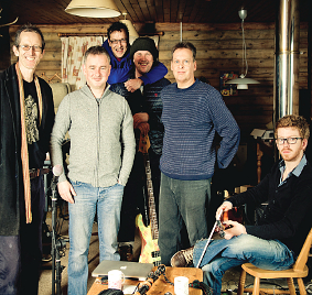 PLENTY OF VARIETY – catch the Peatbog Faeries at G Live